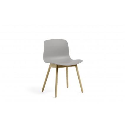 HAY AAC, About a chair, perfekt stol til kantine eller touch down områder. Vælg selv farve og stel.